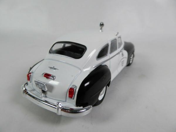 Macheta auto Chrysler DeSoto, politia canadiana, scara 1:43 1