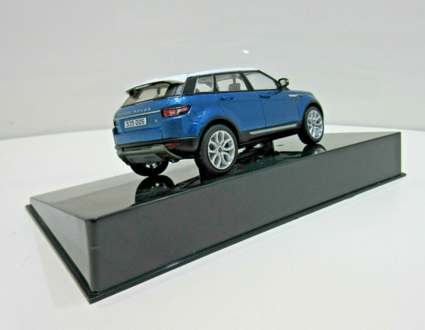 Macheta auto Land Rover Evoque 5 usi, scara 1:43 1