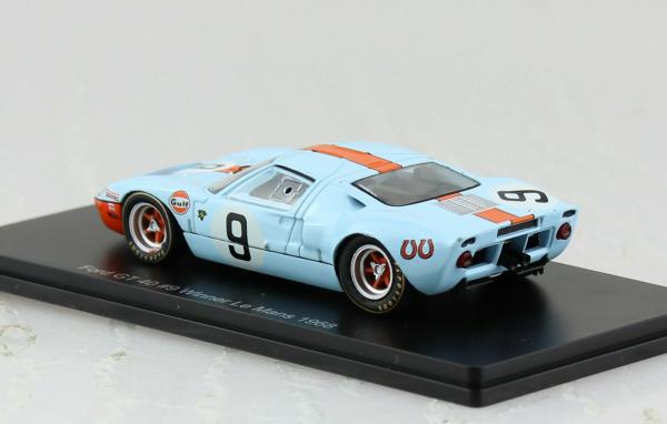 Macheta auto Ford GT40 Le Mans 1968, scara 1:43 1