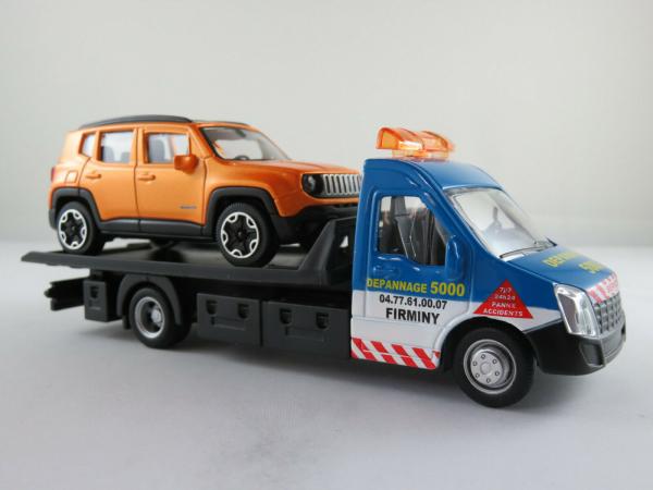 Macheta platforma depanare auto Iveco Daily si Jeep Renegade, scara 1:43 0