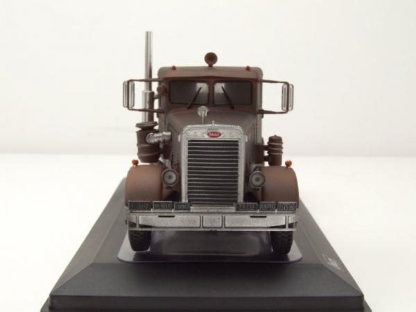 "Macheta cap tractor Peterbilt 281 ""ruginit"", scara 1:43 3"