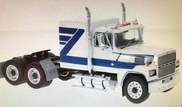 Macheta cap tractor Ford LTL 9000, scara 1:43 0