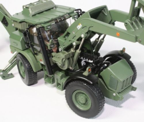 Macheta buldoexcavator militar JCB HMEE, scara 1:50 1