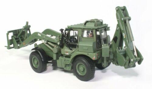 Macheta buldoexcavator militar JCB HMEE, scara 1:50 4