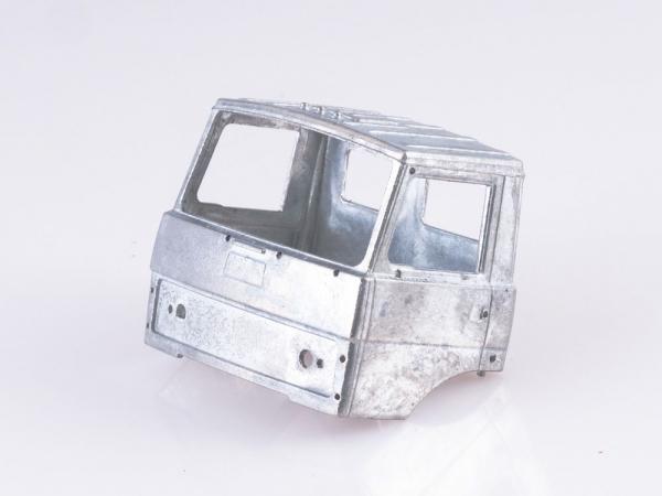 Kit automacara KS-3557 pe sasiu MAZ-5337, scara 1:43 1