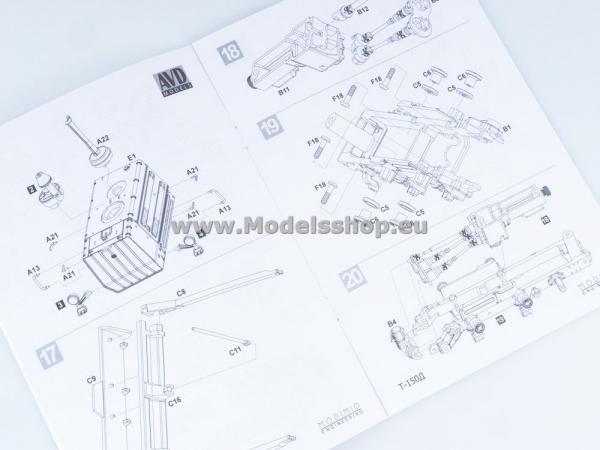 Kit macheta buldozer T-150, scara 1:43 8