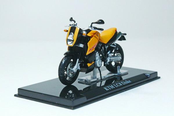 Macheta motocicleta KTM LC8 Duke, scara 1:24 0
