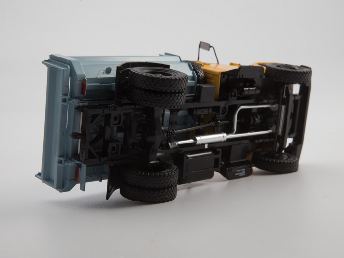 Macheta auto basculanta ZIL-MMZ-4508, scara 1:43 10
