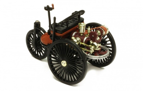 Macheta auto Benz Patent Motorwagen, scara 1;43 3