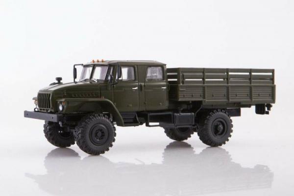 Macheta auto camion 4x4 dubla cabina Ural 43206-0551, scara 1:43 0