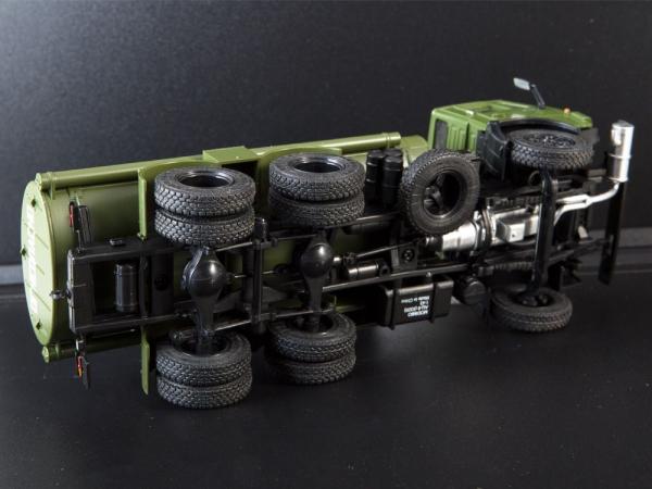 Macheta auto camion cisterna AC-9 (Kamaz-5320), scara 1:43 5