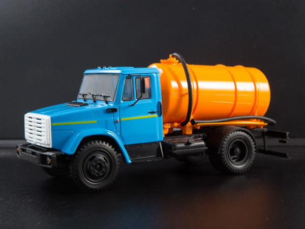 Macheta auto camion vidanja KO-540 (ZIL-4333), scara 1:43 [0]