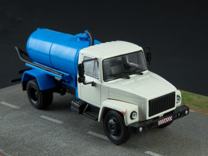 Macheta auto camion vidanja KO-503V (ZIL-3307), scara 1:43 [6]