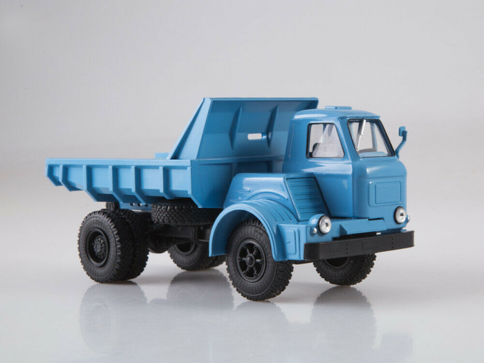 Macheta auto basculanta MAZ-510, scara 1:43 1