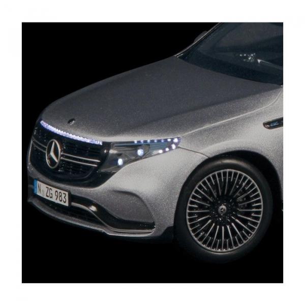 Macheta auto electrica Mercedes Benz ECQ cu lumini, scara 1:18 6
