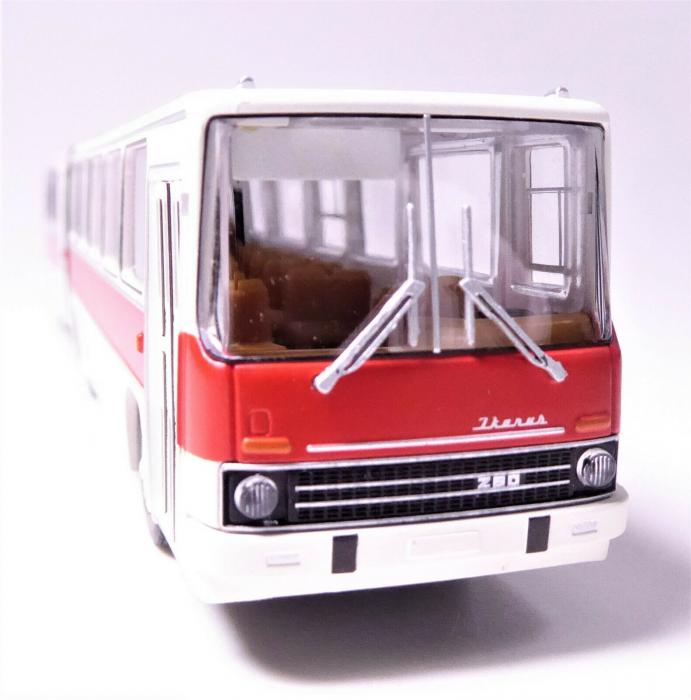 Macheta autobuz articulat Ikarus 280.03, scara 1:87 [1]