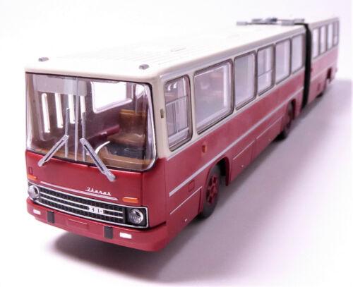 Macheta autobuz articulat Ikarus 280, scara 1:87 0