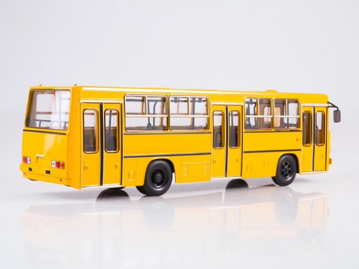 Macheta autobuz Ikarus 260 cu usi late, scara 1:43 1
