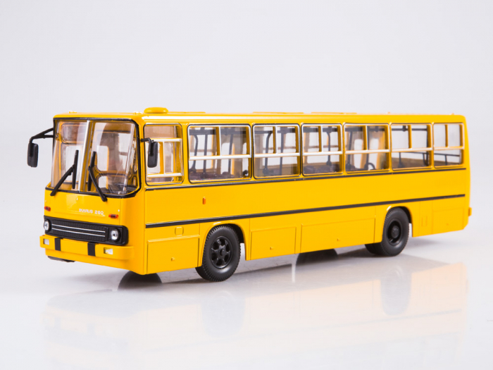 Macheta autobuz Ikarus 260 cu usi late, scara 1:43 2