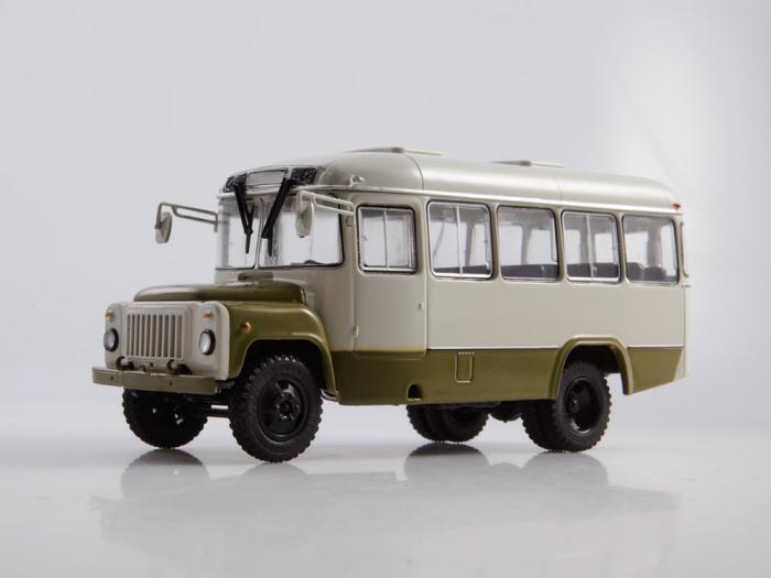 Macheta autobuz KAVZ-3270 cu revista, scara 1:43 [5]