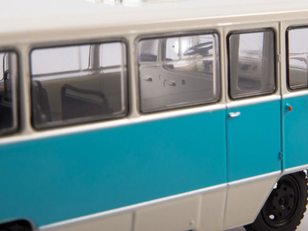 Macheta autobuz Kuban G1A1-02, scara 1:43 4