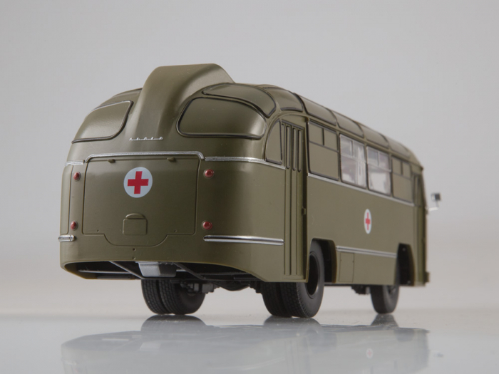 Macheta autobuz LAZ 695-B ambulanta militara, scara 1:43 5