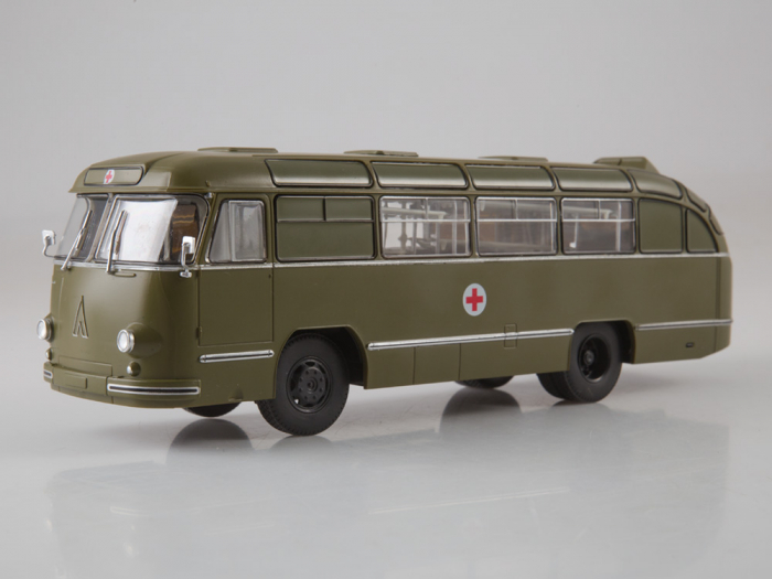 Macheta autobuz LAZ 695-B ambulanta militara, scara 1:43 6