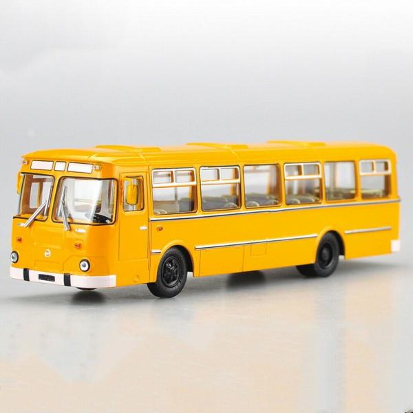 Macheta autobuz LiAZ 677m, scara 1:43 0