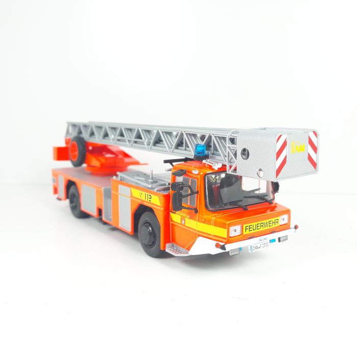 Macheta autoscara pompieri Iveco Magirus DLA-K, scara 1:43 [1]