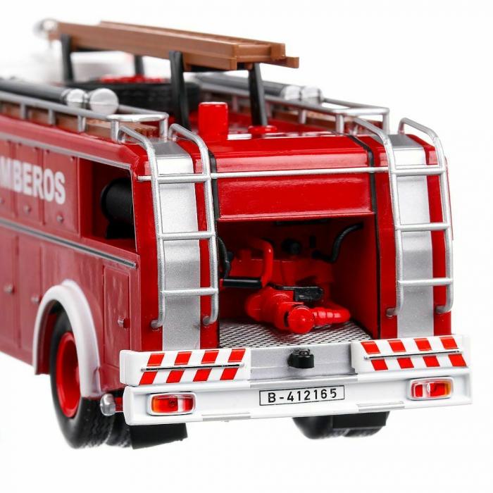 Macheta autospeciala pompieri Pegaso Comet 1091/1, scara 1:43 [1]