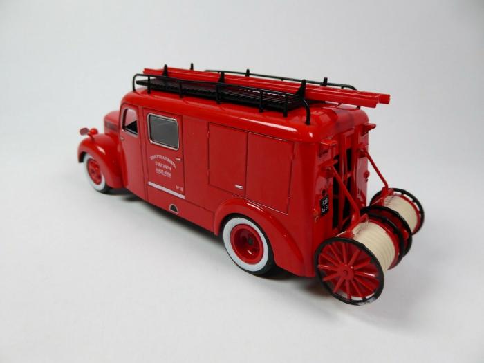 Macheta autospeciala pompieri Ford F798 T, scara 1:43 [1]