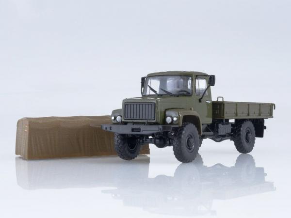 Macheta camion cu prelata GAZ-3308, scara 1:43 2