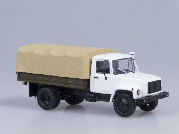 Macheta camion cu prelata GAZ 3309, scara 1:43 1