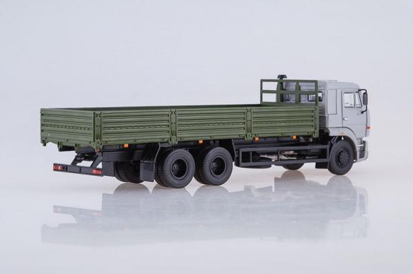 Macheta camion cu prelata Kamaz 65117, scara 1:43 1