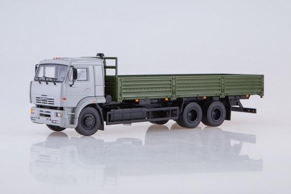 Macheta camion cu prelata Kamaz 65117, scara 1:43 0