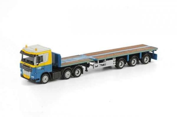 Macheta camion DAF XF105 cu trailer telescopic, scara 1:87 0