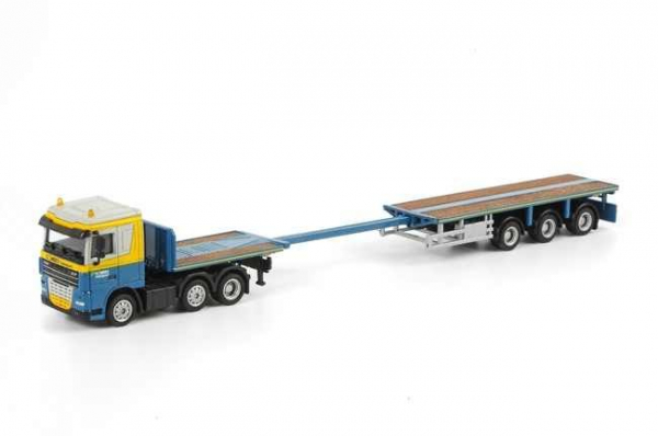 Macheta camion DAF XF105 cu trailer telescopic, scara 1:87 2