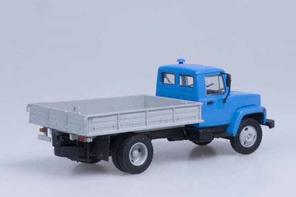 Macheta camion GAZ 3309, scara 1:43 2