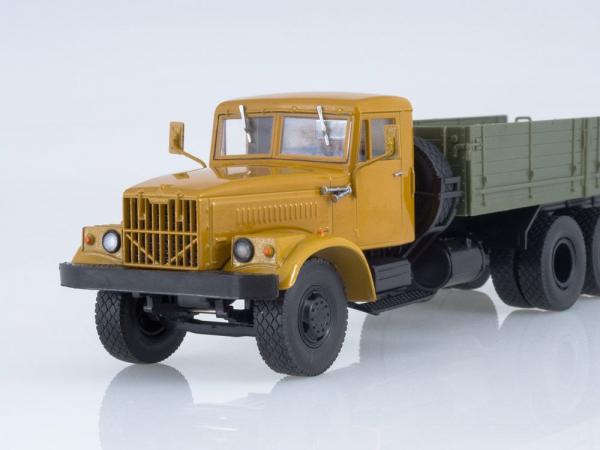 Macheta camion KRAZ 257B1, scara 1:43 3