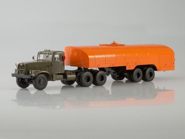 Macheta camion Kraz 258B1 cu semiremorca cisterna , scara 1:43 [0]