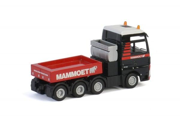 Macheta camion MAN TGX XXL 8x4, scara 1:87 1