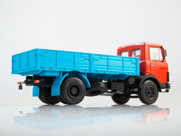Macheta camion MAZ-5337, scara 1:43 2