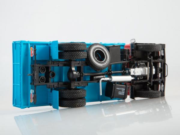 Macheta camion MAZ-5337, scara 1:43 3