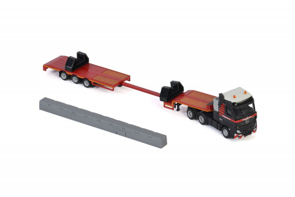 Macheta camion Mercedes Actros MP4 cu trailer telescopic si grinda, scara 1:87 3