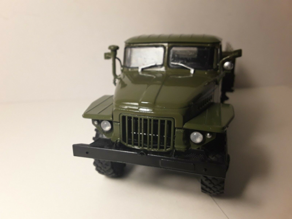 Macheta camion Ural375D, scara 1:43 3