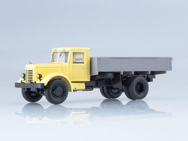 Macheta camion YaAZ-200, scara 1:43 0