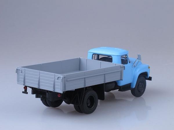 Macheta camion ZIL 130-76, scara 1:43 1