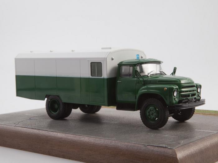 Macheta camion ZIL 130G duba de militie, scara 1:43 22