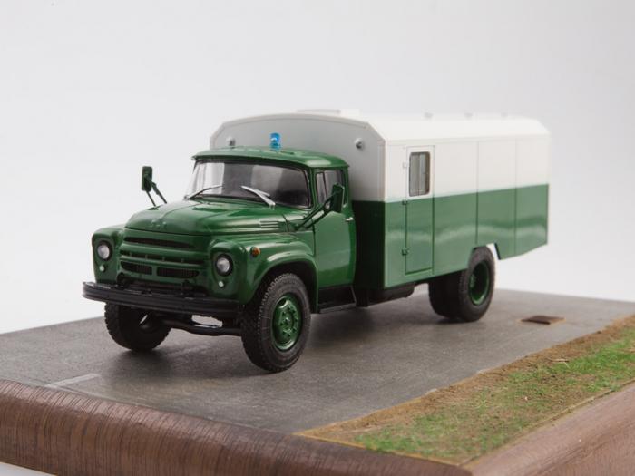 Macheta camion ZIL 130G duba de militie, scara 1:43 13