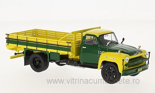 Macheta camioneta Chevrolet C 6500, scara 1;43 0